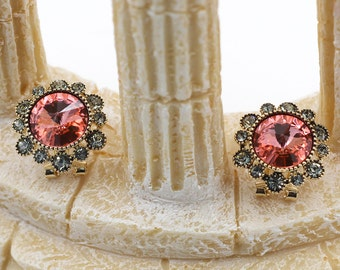 Noble Swarovski crystal flowers earring