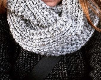 Chunky Knit Infinity Fashion Scarf