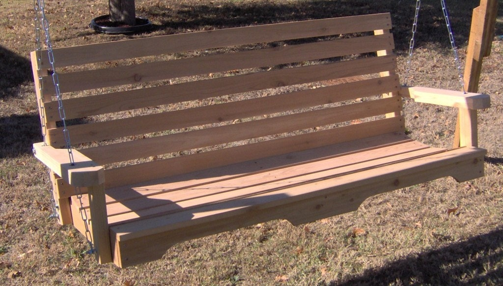 Brand New 6 Foot Cedar Wood Country Style Porch Swing With