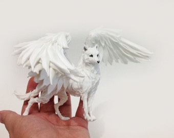 Wolf figurine,white wolf,winged wolf,wolf statues,wolf sculpture,wolf statuette