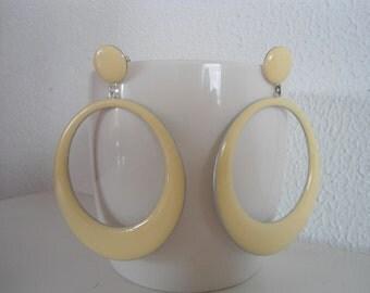 Colourful vintage Earrings, 80s earrings,  Stylish earrings, Funky earrings.