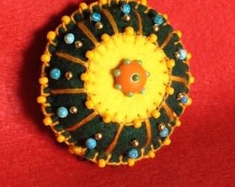 Colorful felt brooch