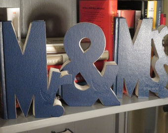 Book Letters 'Mr. & Mrs.'