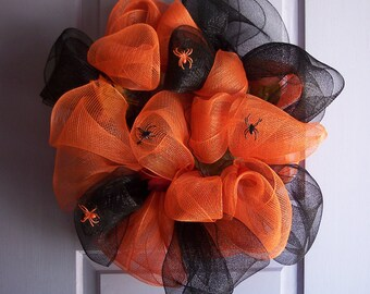 "Halloween Wreath - Mesh Wreath - Orange and Black with Spiders - 22"" wide - Holiday Wreath - Ready to Ship"