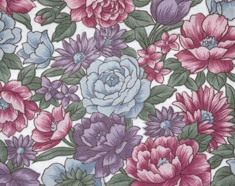 Cotton Quilt Fabric Countryside Collection Hoffman California - Floral Pink blue grey - 1 YD By the yard yardage half yard fat quarter T8410