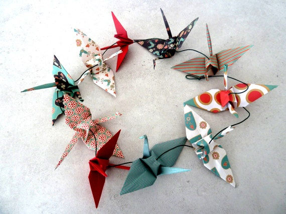 Guirlande 10 grues en origami - rouge vert or- pour chambre bébé ...