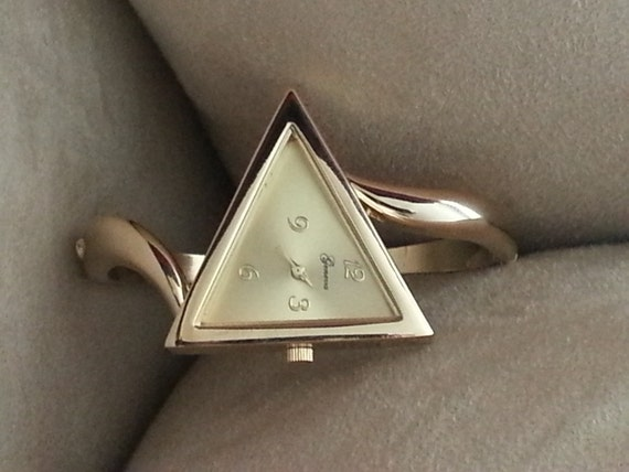 Triangle Shaped Bangle Watch (5 color/face options)
