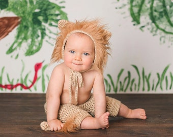 Lion Prop Set for Newborn or 6-12 month baby ~ Sitter prop ~ Bonnet Short Set ~ Animal Prop ~ Bonnet Shorts Pants Tail