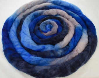 """Hand Dyed BFL Wool Combed Top - 4 ounces - """"Owls"""" - For Spinning /  Felting / Fiber Arts"""