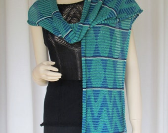 Zigzags in Lace Skinny Scarf