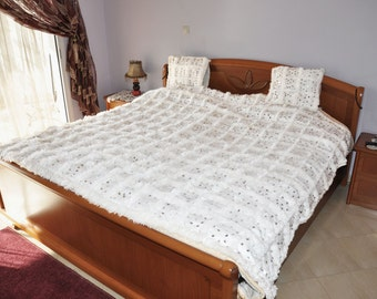 couvre lit etsy ca. Black Bedroom Furniture Sets. Home Design Ideas