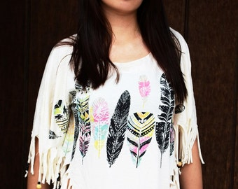Tunic - cape a fringes - prints ethinque feathers - Indian style - ethnic fringes cape - SHOPAHOLIC