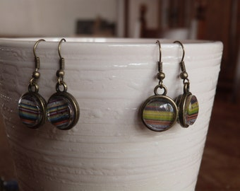 handmade earrings with glass pendant: dashes