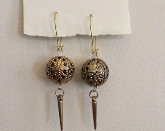 Vintage bead spike earrings