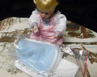Danbury Mint Mini Allison with blankie doll