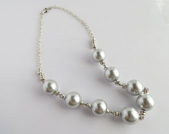 Silver Colored Pearl and Silver Chain Necklace