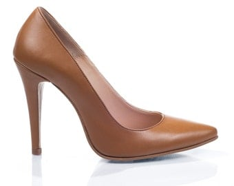 Ella Cogniac Leather Pumps