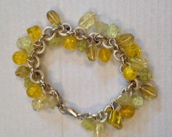 Sterling silver bracelet with yellow glass beads
