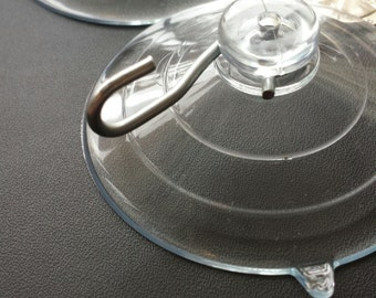 Large Suction Cup with Hook Hanger