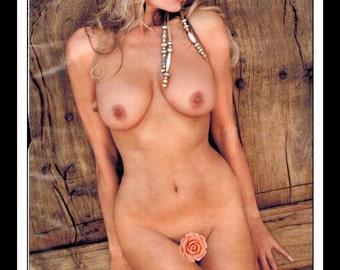"Mature Celebrity Nude : Dian Parkinson Single Page Photo Wall Art Decor 8.5"" x 11"""