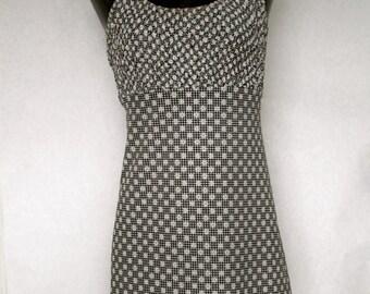 Black and white daisy dress
