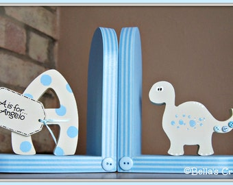 Personalised Dinosaur Bookends for children. Set of 2 bookends, one with a personalised initial another one with a dinosaur.