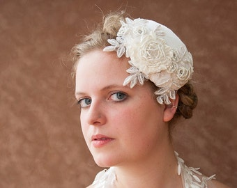 Bridal Fascinator silk beads offwhite