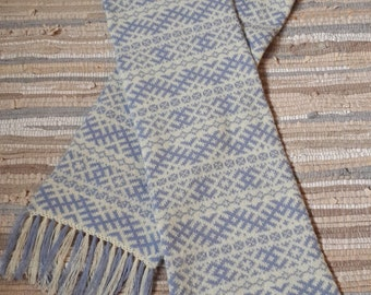 Hand made knitted scarf with ornament and fringes from 100% Lambswool yarn - free shipping