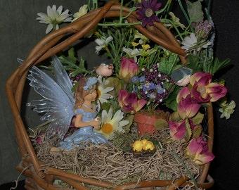 Large reed basket fairy baby bird garden