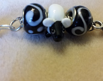 ON CLEARANCE!!!   Child's Sheep Zipper Pull
