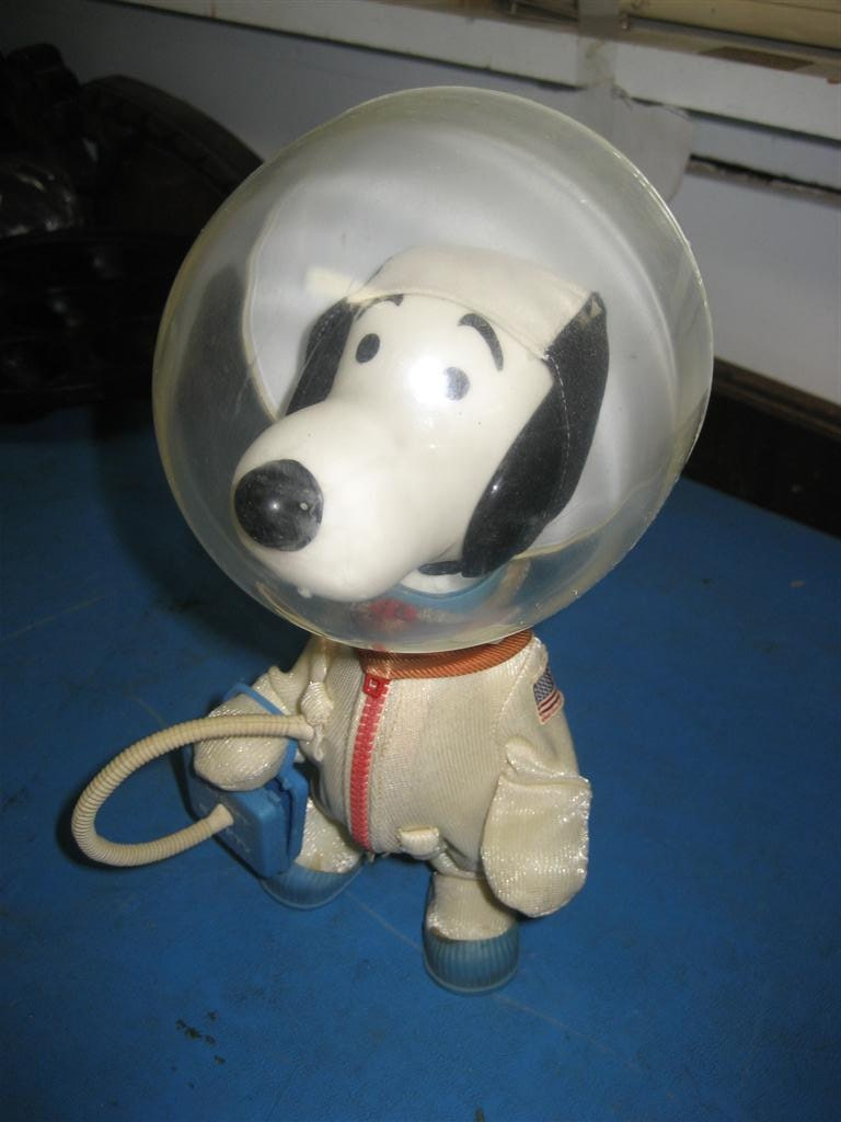 Vintage 1969 Snoopy Astronaut Nasa Apollo Space Toy Peanuts