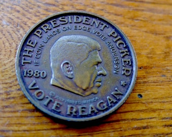 Vintage Presidential Picker  Coin