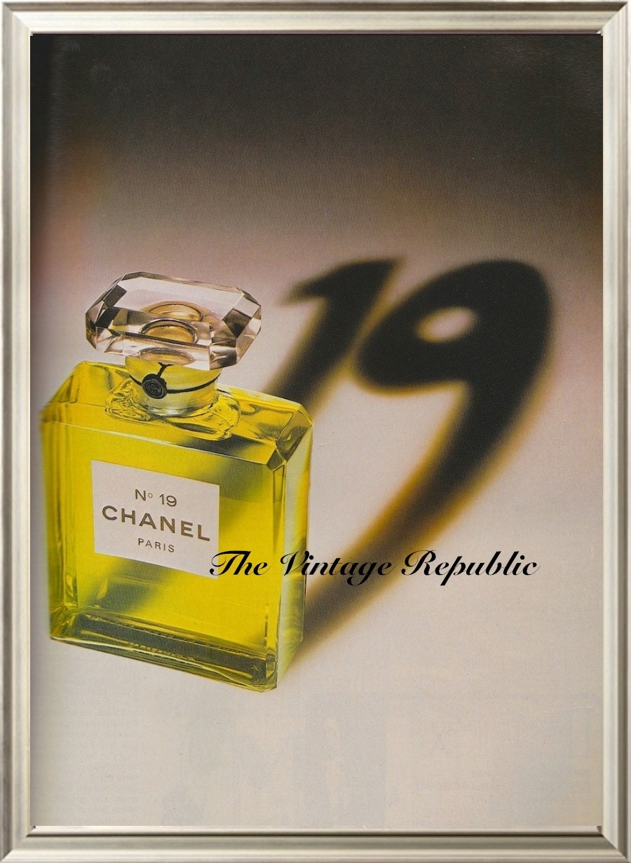 vintage chanel perfume poster 1970s by vintagerepublicuk. Black Bedroom Furniture Sets. Home Design Ideas