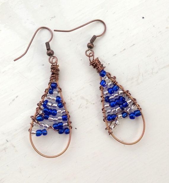cool blue bead guitar string drop earrings by stringeffects. Black Bedroom Furniture Sets. Home Design Ideas