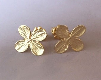 14k Gold Flower Post Earrings - Yellow Gold - Hydrangea Flower Stud Earrings