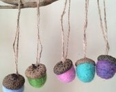 Needle Felt Acorn - Set of 5 - Spring Dream - Natural wool Spring decor - Needle Felted Ornament - Party Favor