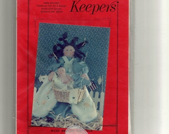 "Finders Keepers ""Miss Weezie and LaLa Doll Pattern"