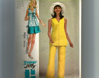 Simplicity Misses' Mini Skirt, Overblouse, and Pants Pattern 8830