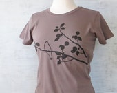 Womens Graphic Tee- Bird T Shirt- Organic Cotton T Shirt- Brown T Shirt - Womens Tee Shirt - Screen Printed Shirt - Womens Organic Clothing