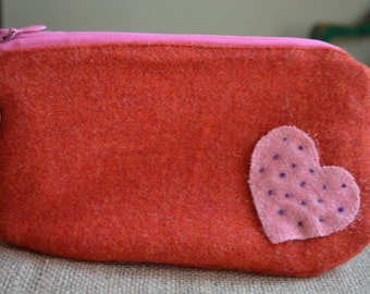 Red Pouch, Wool Pouch, Zippered Pouch, Appliqué Pouch, Heart Applique Pouch, Red Wool Pouch, Fabric Pouch, Fabric Bag, Heart Pouch