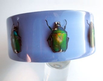 Lilac lucite bracelet with real beetles