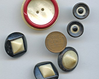 Art Deco BLACK and CREAM RED (7) Buttons Vintage Celluloid 1181