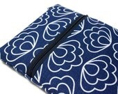 Woman's Floral Laptop Cover Case, Custom Size Laptop Sleeve Case  - Blue Scallops