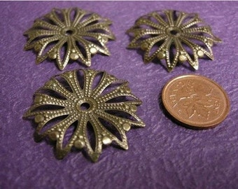 12pc 32mm antique bronze filigree setting-1482