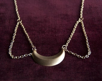 Gold Moon Peter Pan Chain Collar Necklace / Crescent Moon Lunar Luna Summer Jewelry
