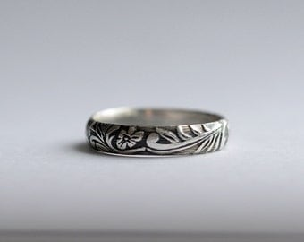 Silver Wedding Band - Patterned Ring - Womens Wedding Band - Floral Wedding Band - Sterling Silver Ring - Floral Antique Patterned Ring 4087