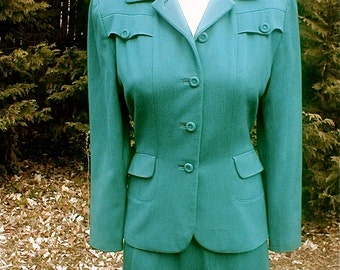 Vintage 40s Green Gabardine Womens Suit Day Dress - Vintage Office Wear - War Years at the Mimi Shop Size  8 - Mimi Shop John Wanamaker