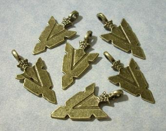 6 Arrow Head Charms Arrow Charms 16mm x 32mm Bronze
