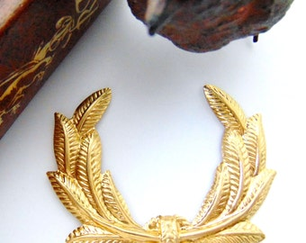BRASS (2 Pieces) Greek Laurel Wreath Stamping - Jewelry Ornament Findings (C-1107) #