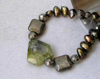 Geometric Garnet  Bracelet Green Beaded Ethnic Tribal Gemstone Pyrite Pearl 14k Gold Filled